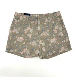 GAP 5 inch beige pink floral chino shorts size 8